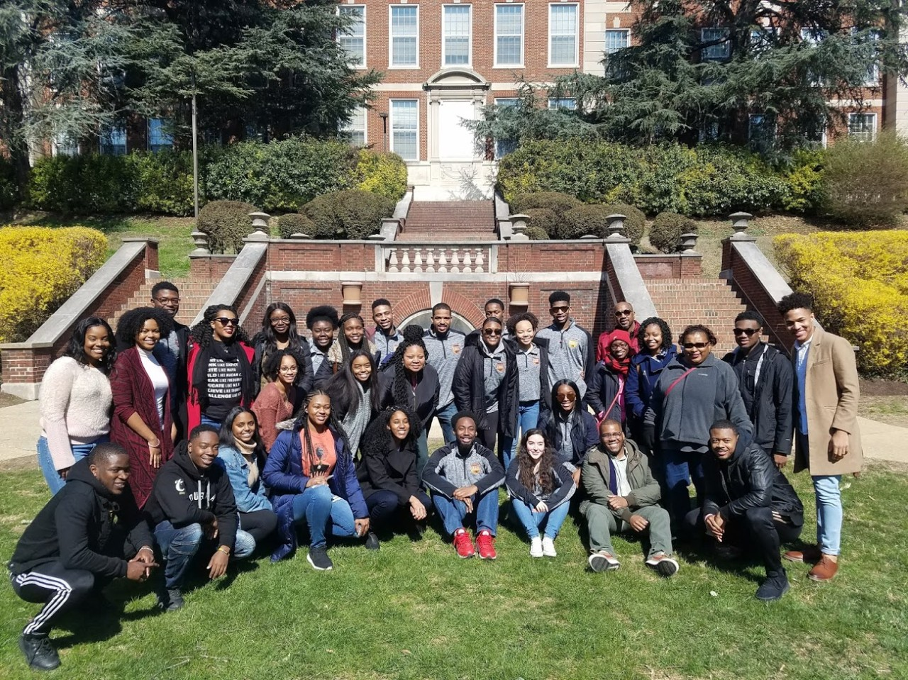 Group Photo of students and staff on  the 2018 Spring Break Tour