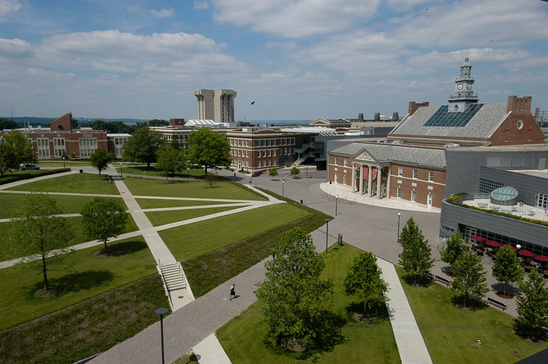 Buttoning Up A Fashion School With Mimi University Of Cincinnati Is Ranked One Of The Top Fashion Programs In The World