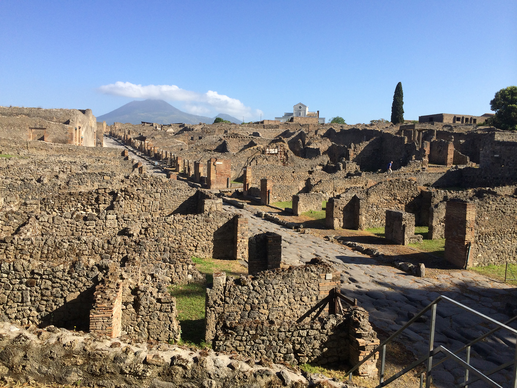 Featured image for UC prof reveals revolutionary world of Roman retail
