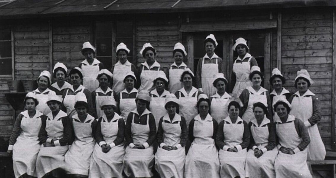 Black and white photo of WWI nurses in rows