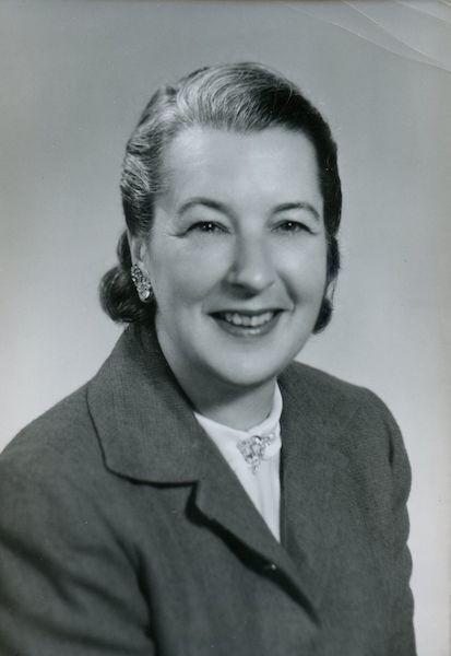 Headshot of Jane DeSerisey Earley