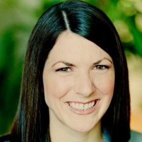 Head shot of Vicki Calonge