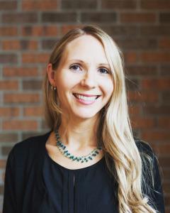 Head shot of Sarah Curry Rathel