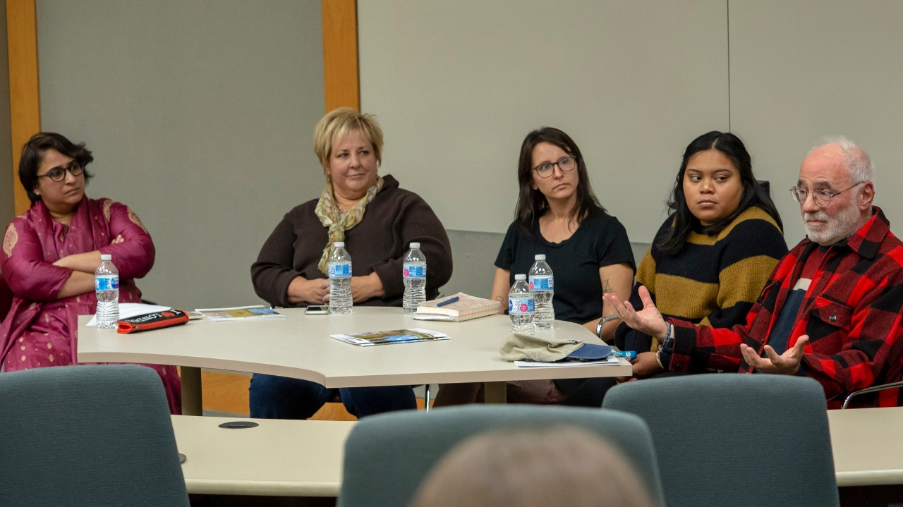 Panel of five people discuss immigration at UC Clermont