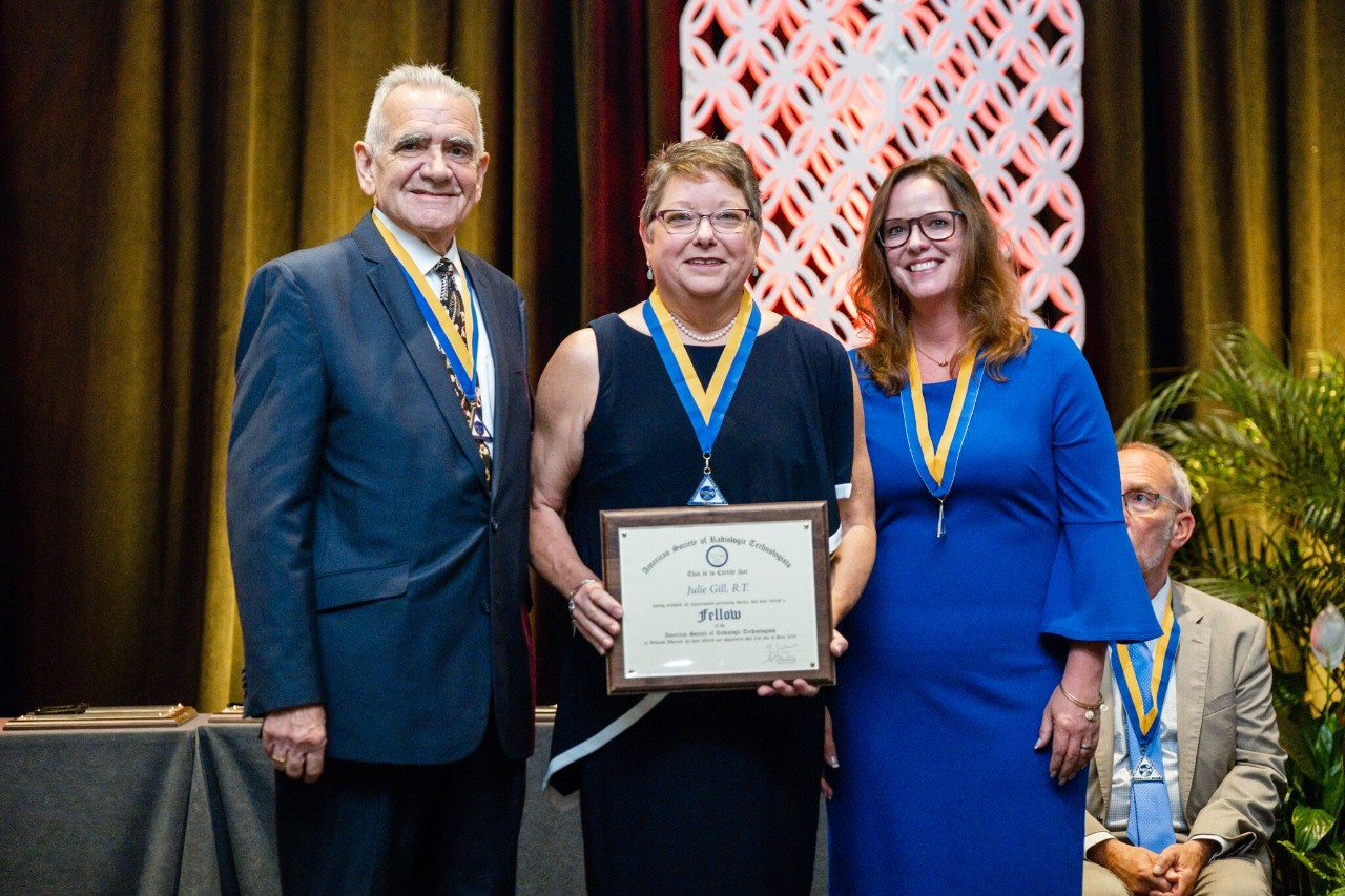 Julile Gill is formally installed as an ASRT Fellow at the organization's annual meeting on June 23.