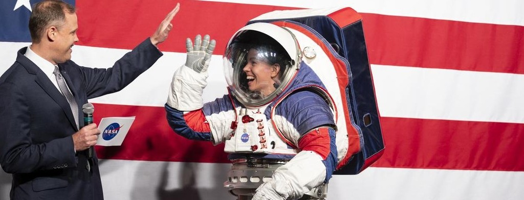 The new NASA spacesuit for Artemis missions.