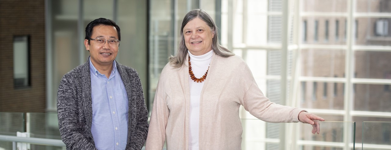 Suman Pradhan, PhD, and Alison Weiss, PhD, shown in UC College of Medicine.