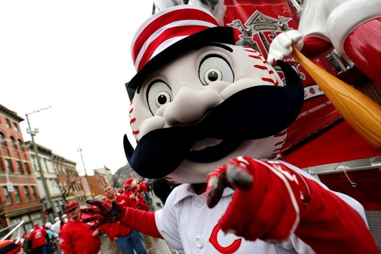 Cincinnati Reds mascot, Mr. Red