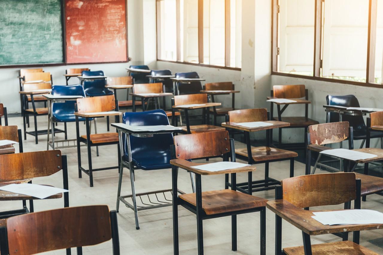 Image of a school classroom.