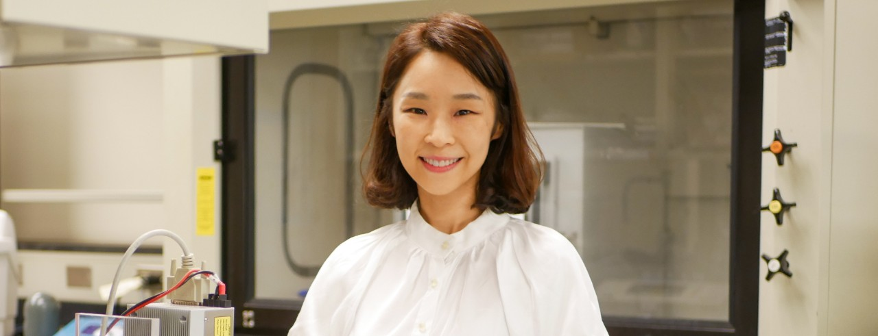 Yoonjee Park in her lab