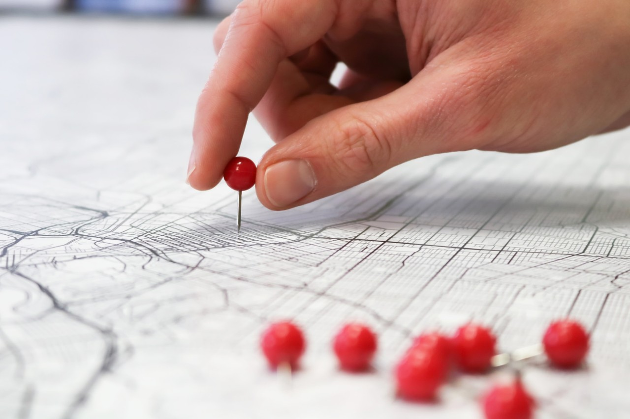 map making with red pins