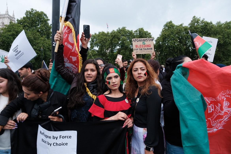 women protesting Afghanistan regime